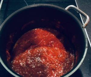 tomatsauce i gryden